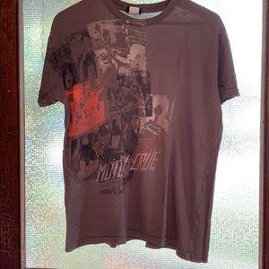 Motley Crue T shirt size L